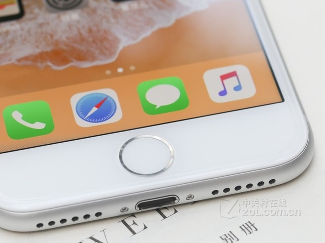 苹果8 内存64G