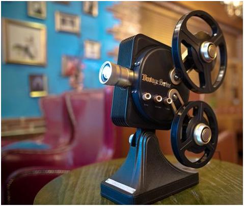 坚果1895首发值得收藏的一款复古投影机