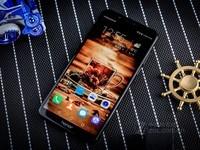 荣耀畅玩7C 4+64G全面屏南宁出售1250元