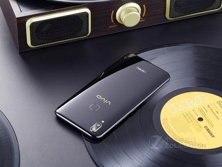 手机品牌:y85手机参数:请完整生存配件外包装