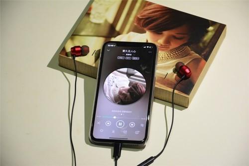 PK苹果原装耳机 PALOVUE lightning耳机体验