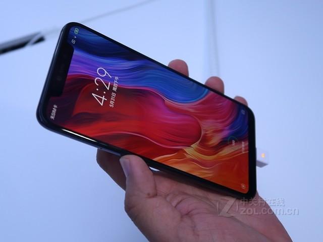支持刘海隐藏模式 小米8手机安徽促销2880元