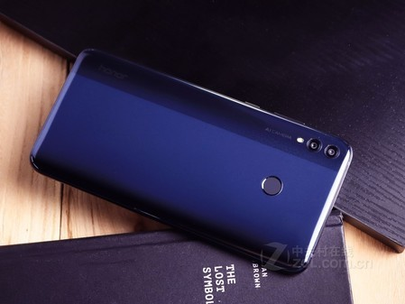 千元级巨屏手机 荣耀8X Max长沙售1499元