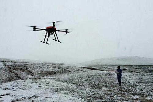海拔5000米翱翔 华科尔消防灭火无人机征服青藏高原