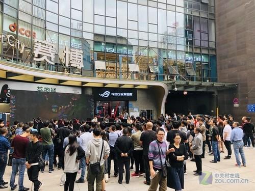 ROG江北赛博新店启幕 电竞玩家国庆大狂欢