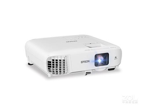功能弱大 松下BZ580投影机广东22466元