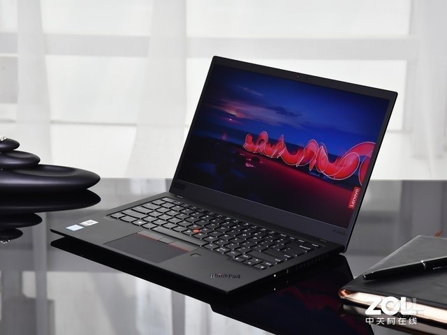 ThinkPad X1 Carbon 2019 LTE版