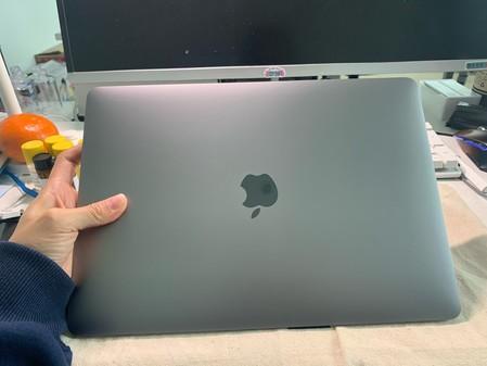 13寸2020款苹果MacBook Air售银色7399元