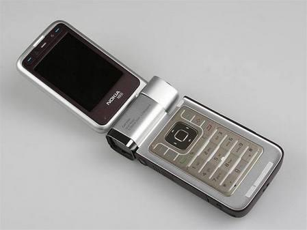 经典机皇 诺基亚N93i仅售700元送大礼包