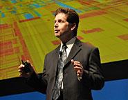 主管平板电脑的道格戴维斯