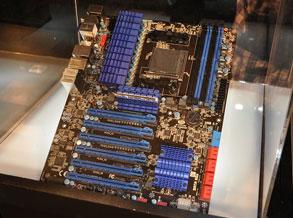 蓝宝990FX主板