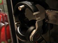魔声金属经典耳机
