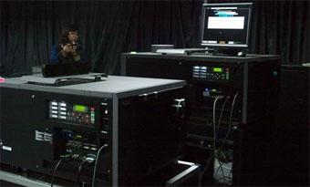 2K 4K分辨率数字影院投影机展示
