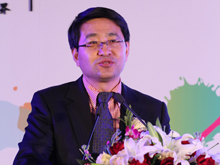中国联通销售部总经理<br>于英涛致辞