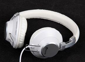 浦科特新版D500白色版耳机
