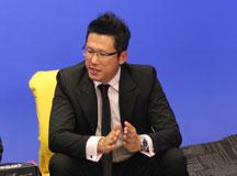 李正扬先生展示新技术