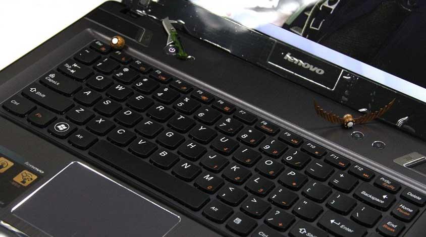 延续彪悍本色 联想Y480首发组图赏析