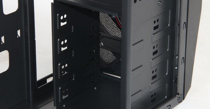 支持SSD固态硬盘