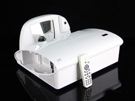 奥图码XE3305产品特点